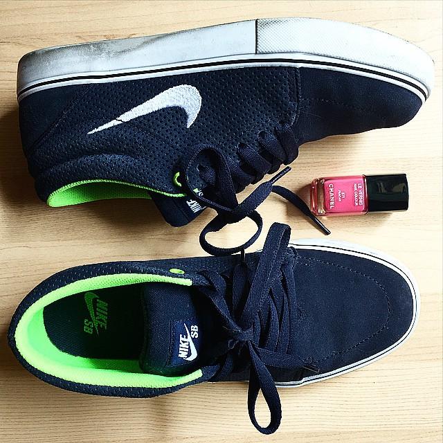 #Nike ai piedi ?, #chanel sulle unghie ??