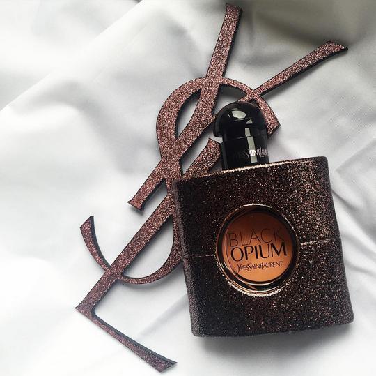 yves saint laurent, parfume, black opium